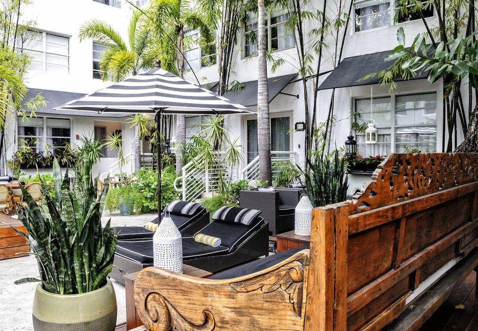 home Courtyard backyard outdoor structure condominium Garden yard cottage