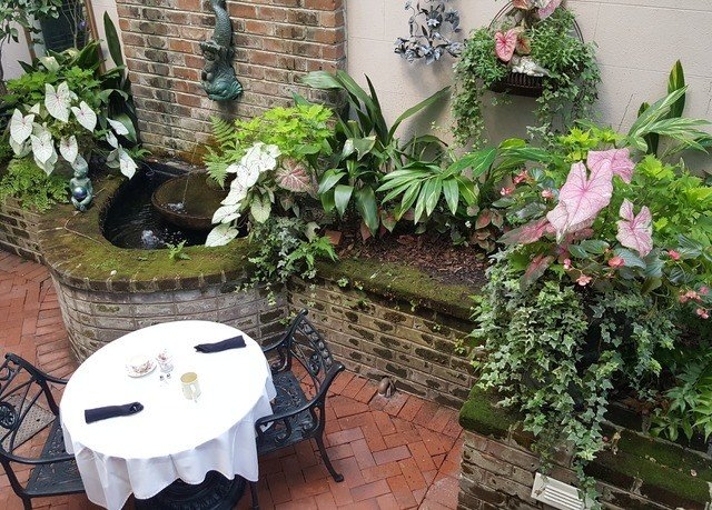 plant yard Garden backyard flower arranging floristry Courtyard flower cottage floral design outdoor structure stone