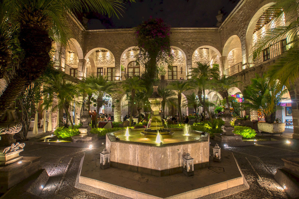 Courtyard building plaza place of worship palace mansion flower landscape lighting Garden court
