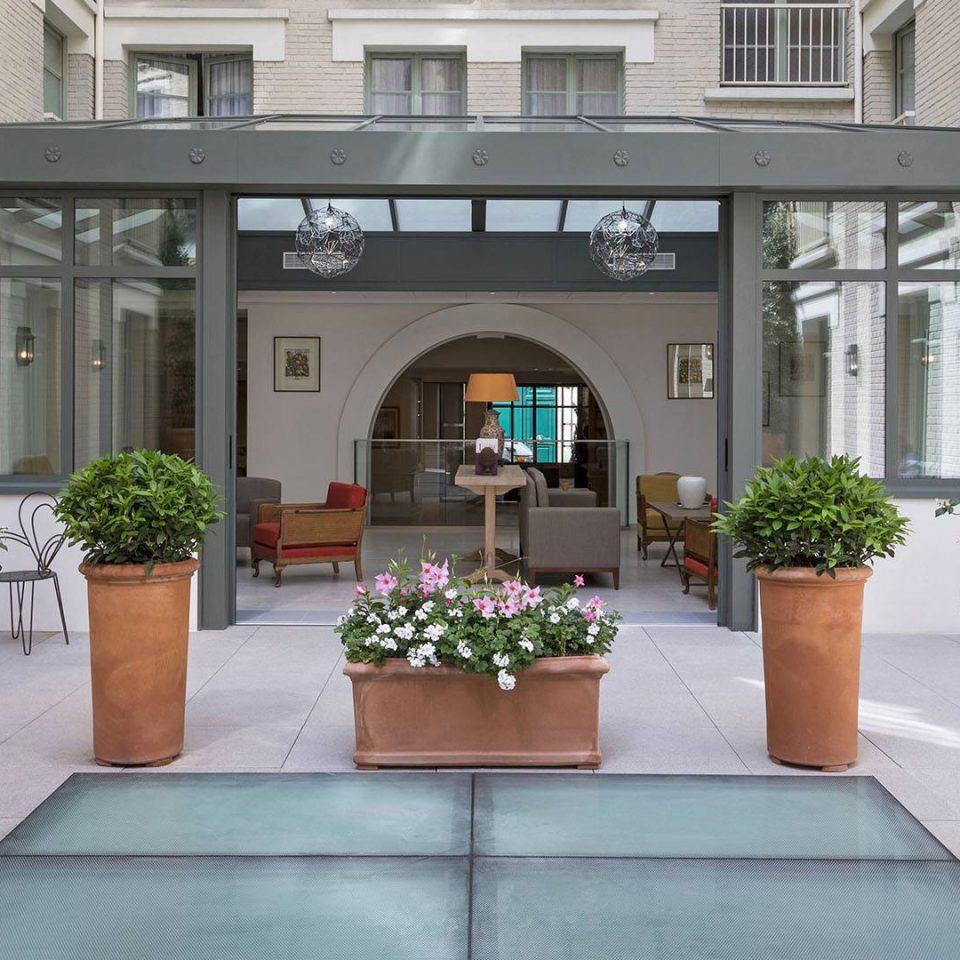 building Courtyard Lobby floristry home outdoor structure Garden orangery condominium stone