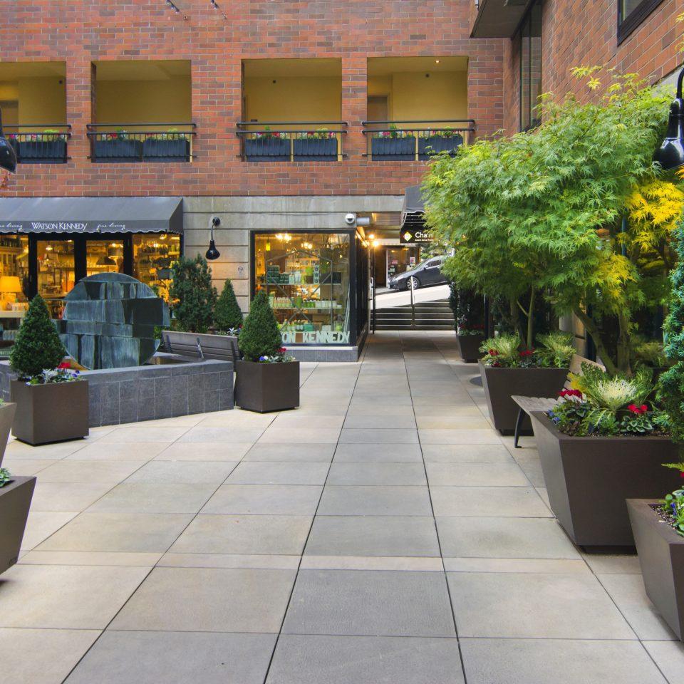 plant Courtyard floristry condominium home flower Garden outdoor structure yard Lobby