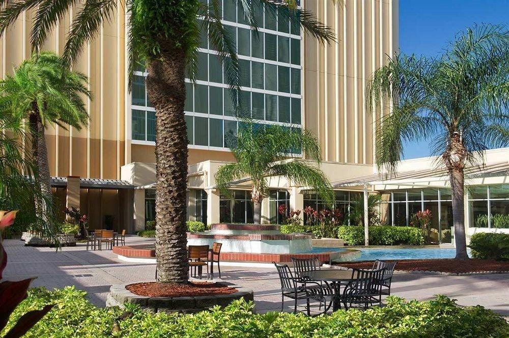 tree condominium building property plaza Courtyard porch home Resort residential area backyard plant mansion Garden