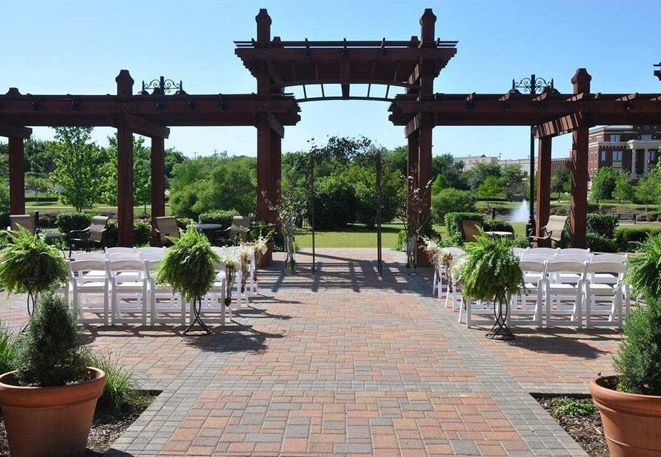 sky ground property walkway plaza plant Courtyard Garden outdoor structure Resort hacienda pergola stone