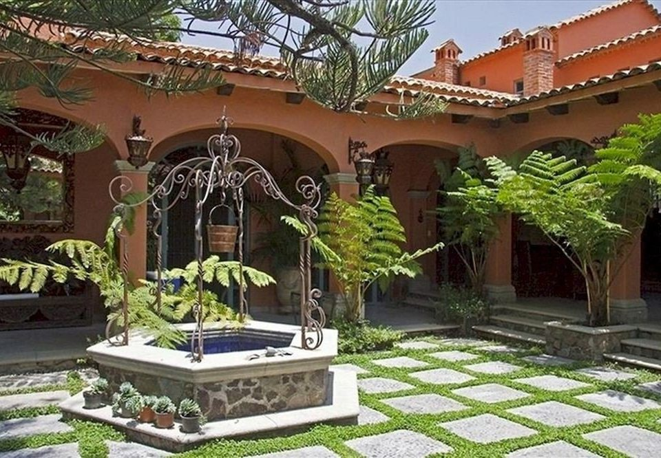 property building Courtyard Resort mansion hacienda Garden Villa home backyard yard palace outdoor structure stone