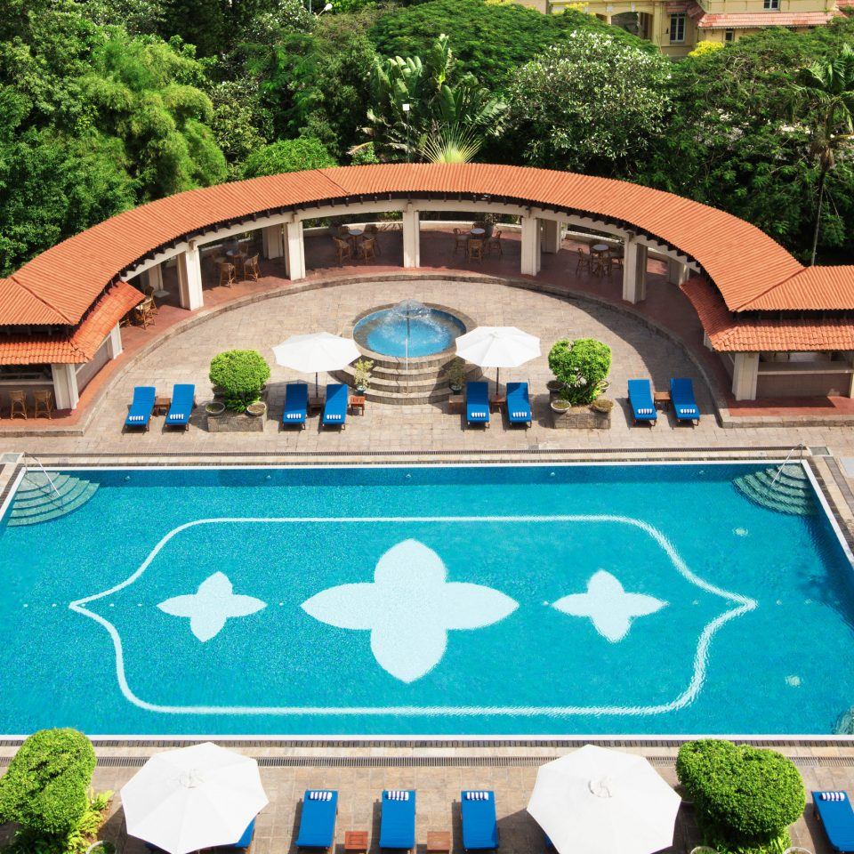 tree swimming pool leisure property Resort backyard mansion Villa home yard Garden hacienda Courtyard plant