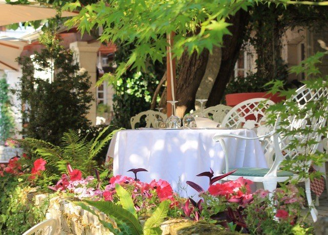tree flower Resort plant floristry backyard Garden restaurant yard Courtyard Villa cottage hacienda fresh