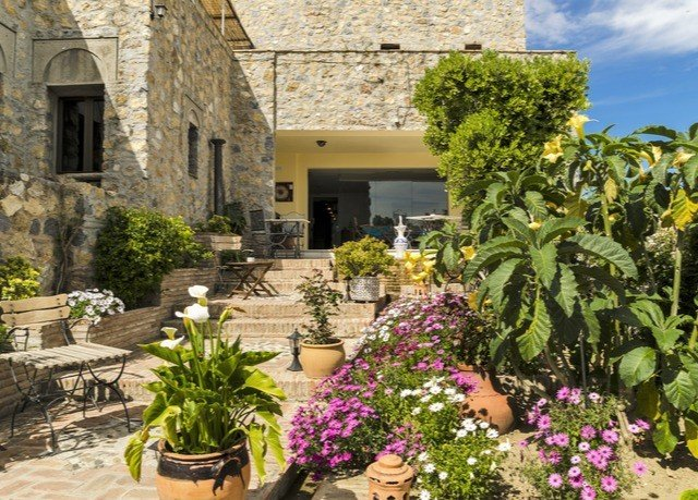 plant flower property Courtyard Garden floristry yard stone cottage backyard Villa