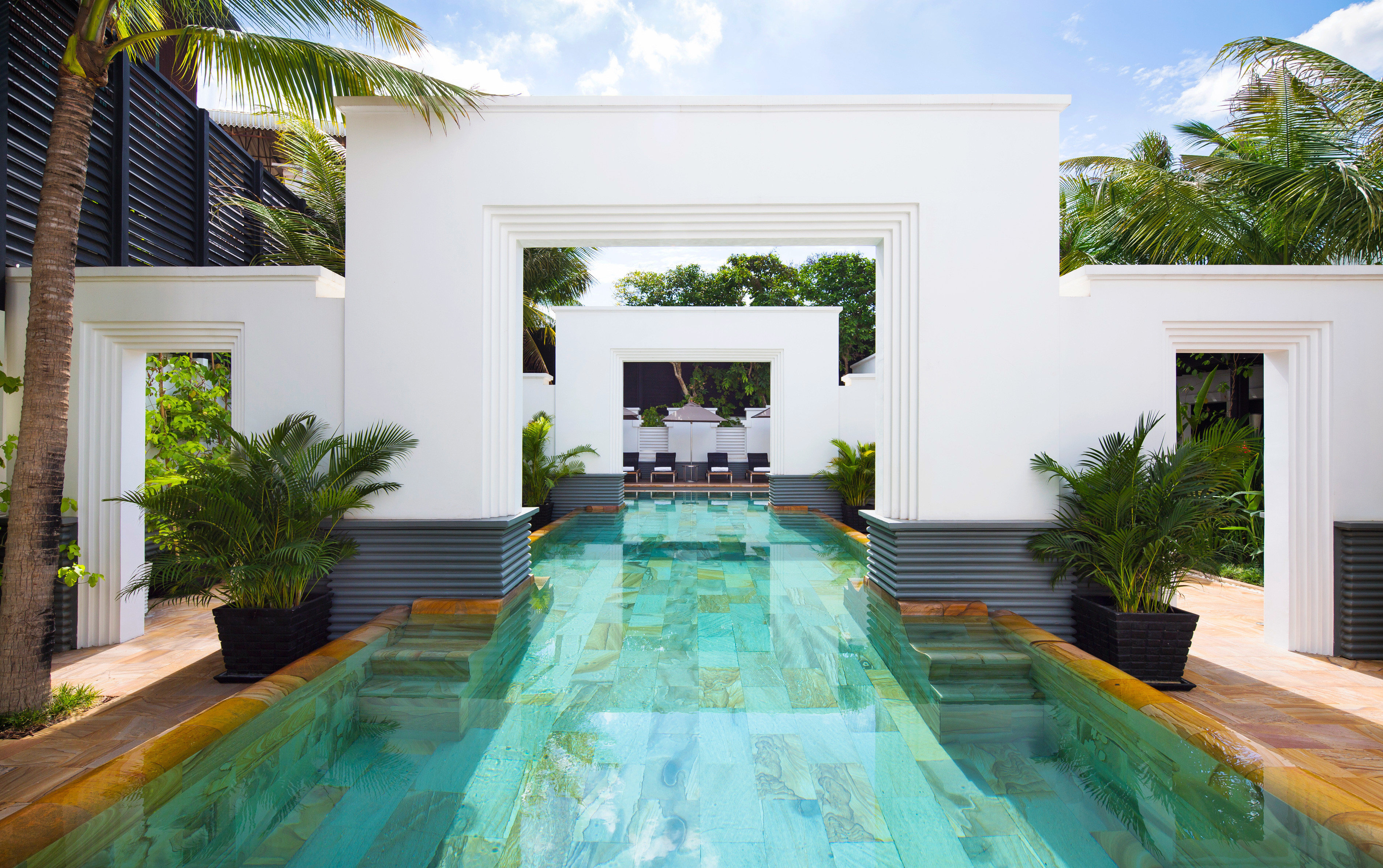 Grounds Luxury Pool swimming pool property Villa home backyard condominium Courtyard Resort mansion