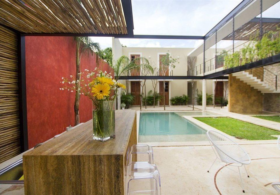 Hip Lounge Luxury Modern Pool property building home wooden Villa hacienda Courtyard backyard cottage mansion