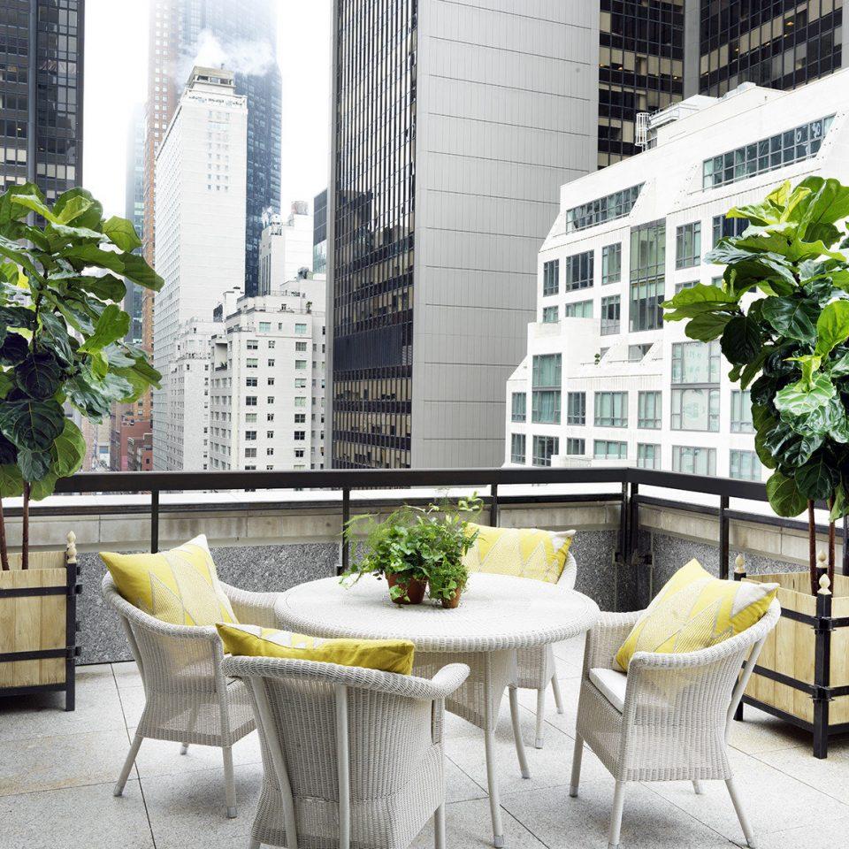 Hotels NYC home Courtyard condominium backyard