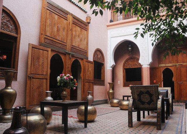 building Lobby hacienda home Courtyard palace chapel synagogue restaurant place of worship tourist attraction