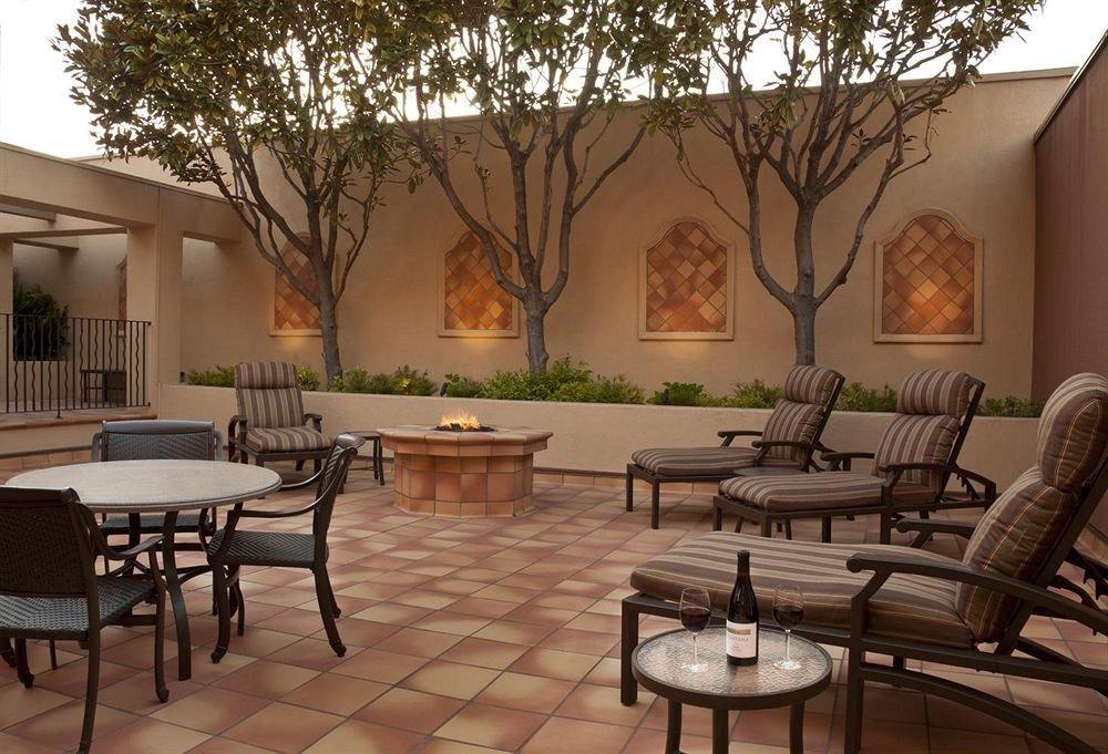Lounge Luxury Scenic views chair property living room home condominium Villa Lobby mansion hacienda Courtyard