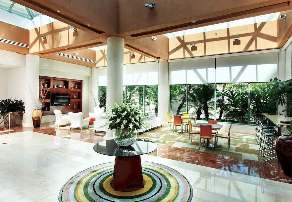 Lobby Lounge Resort property condominium home living room Courtyard mansion plaza flooring Modern