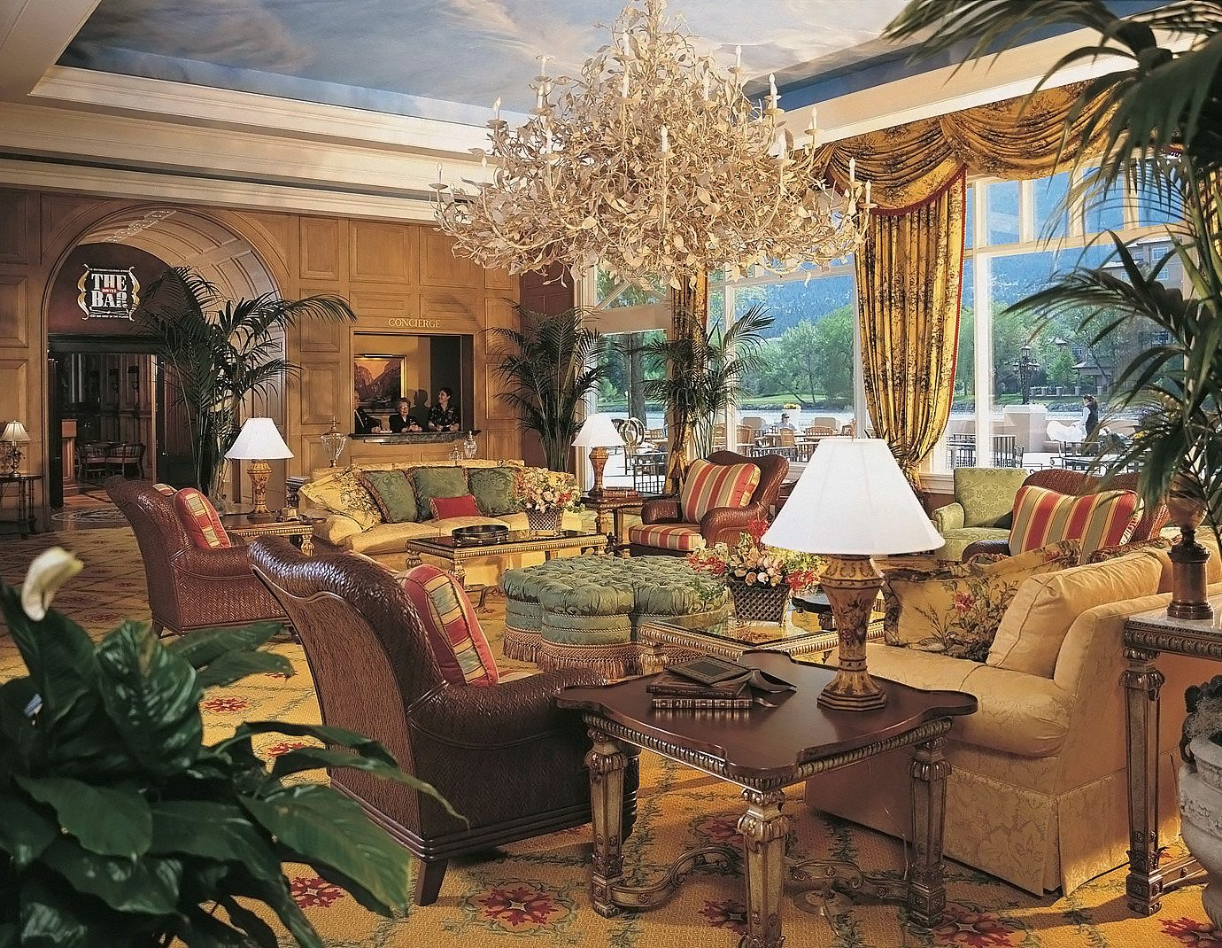 Lobby Lounge Resort Scenic views property building home house living room mansion Villa Courtyard palace