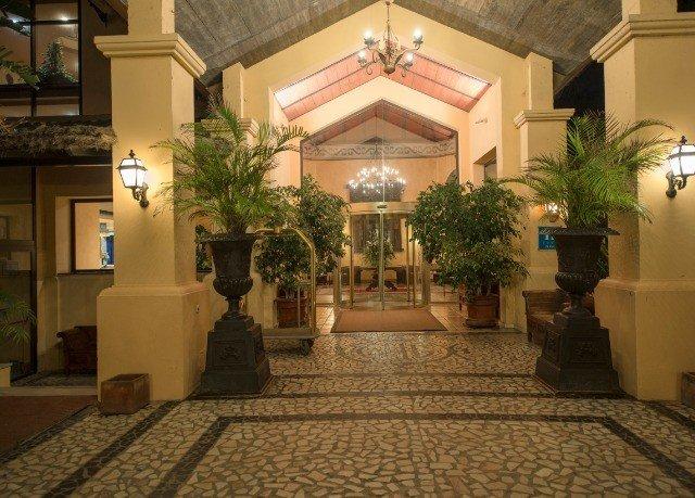 Lobby property building Courtyard home mansion palace hacienda plant Villa