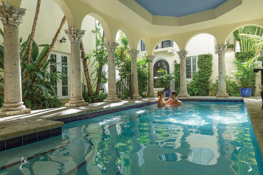 swimming pool property leisure building Resort mansion Villa reflecting pool backyard hacienda resort town Courtyard Pool