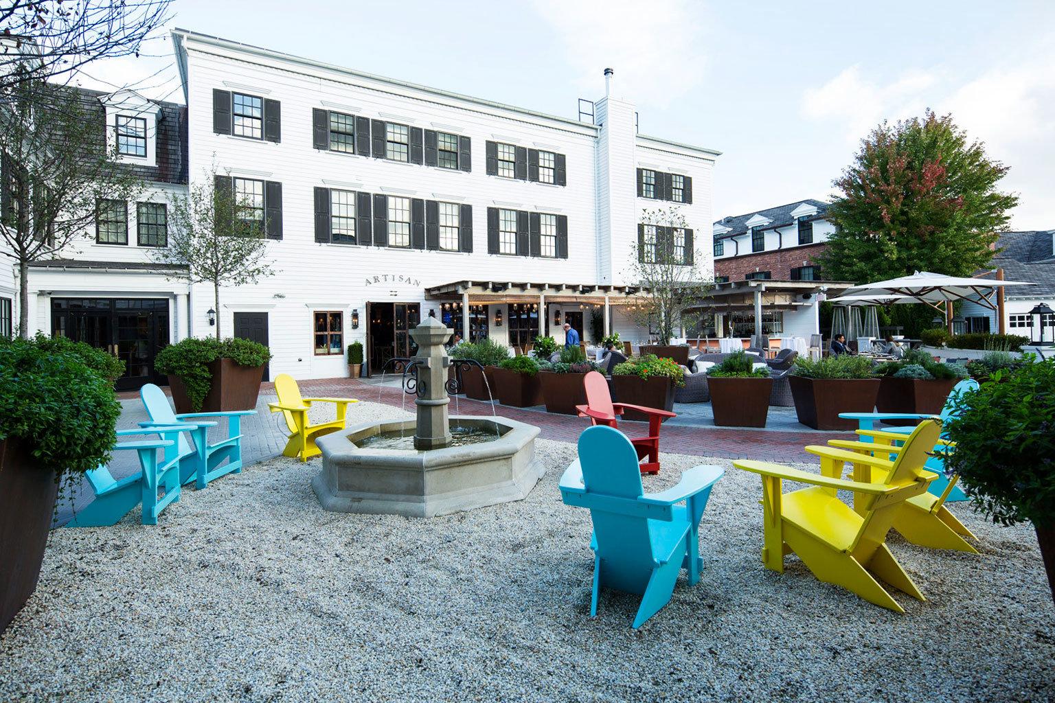 ground neighbourhood plaza Resort town square condominium backyard Courtyard