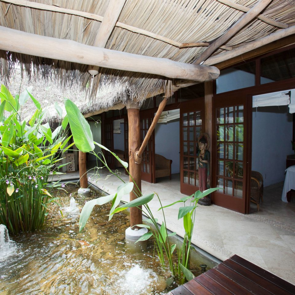 property house home Resort backyard cottage Courtyard