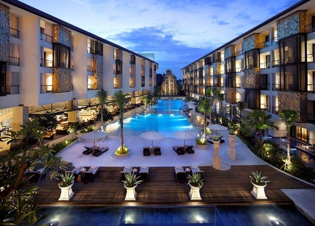 sky property condominium building Resort mansion plaza swimming pool Courtyard palace
