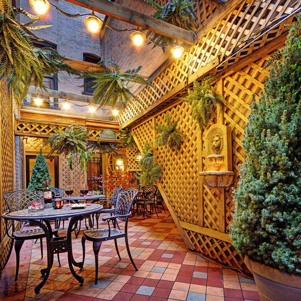 Resort restaurant Courtyard palace