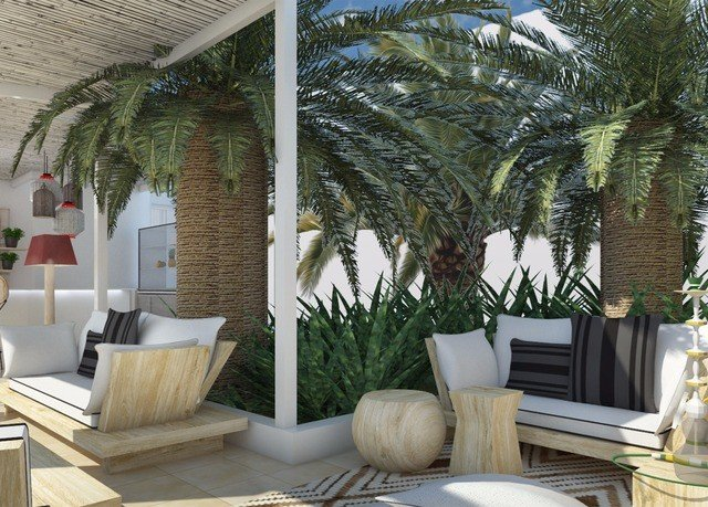 tree property home living room porch Villa outdoor structure Courtyard backyard condominium cottage Resort