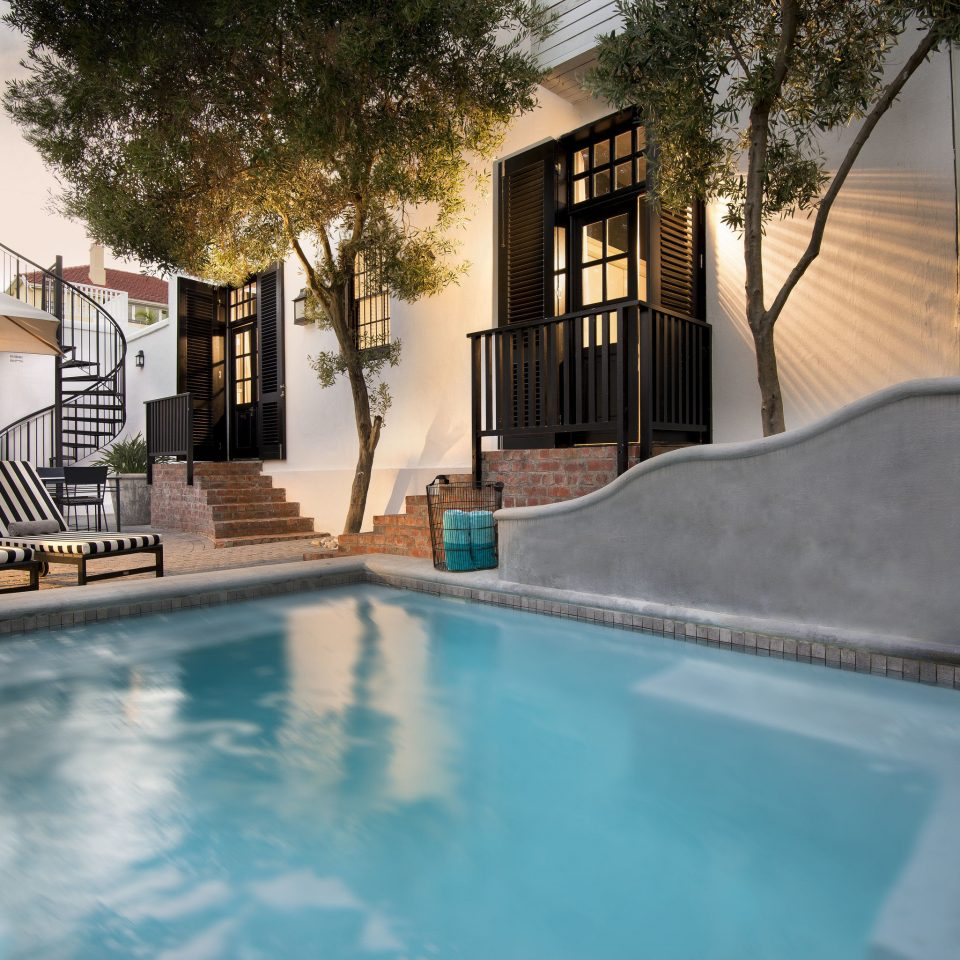 swimming pool property house home backyard Villa mansion Resort condominium Courtyard