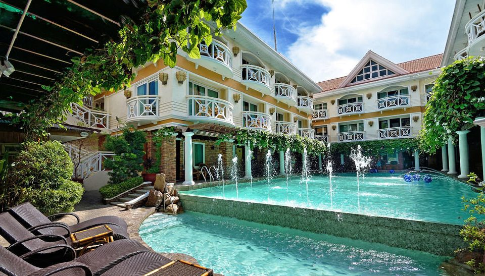 property swimming pool building leisure Resort condominium mansion home resort town Villa palace backyard Courtyard