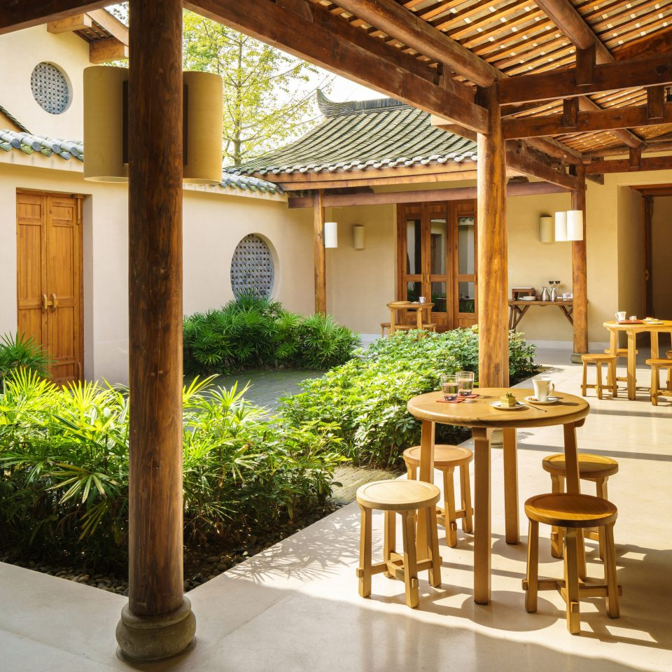 property building home house Villa Courtyard Resort outdoor structure cottage porch mansion stone