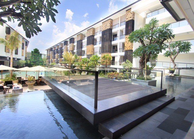 condominium property plaza building swimming pool Courtyard Resort reflecting pool Villa