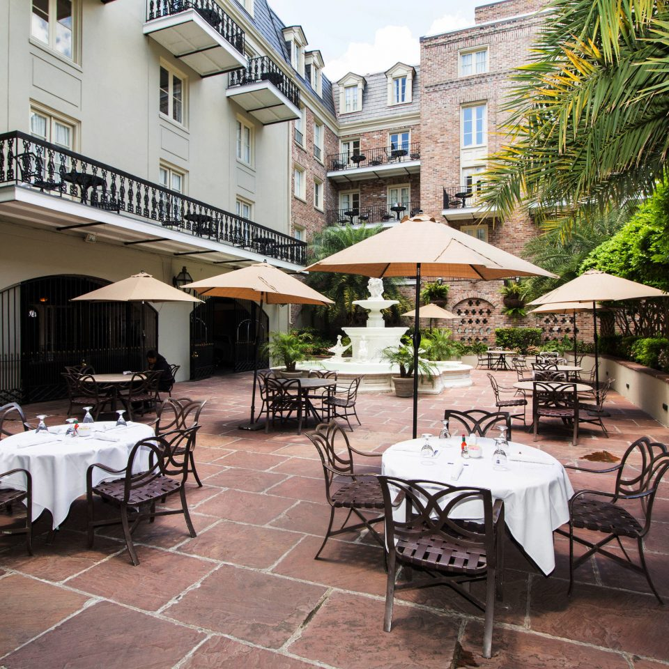 tree property chair Resort restaurant condominium Courtyard Villa hacienda