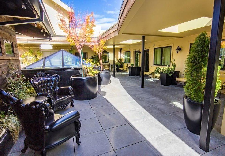 property Resort restaurant Villa home condominium Courtyard cottage outdoor structure hacienda