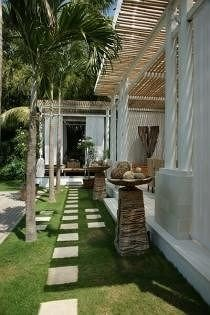 grass property building porch home mansion Villa cottage outdoor structure Courtyard backyard hacienda farmhouse