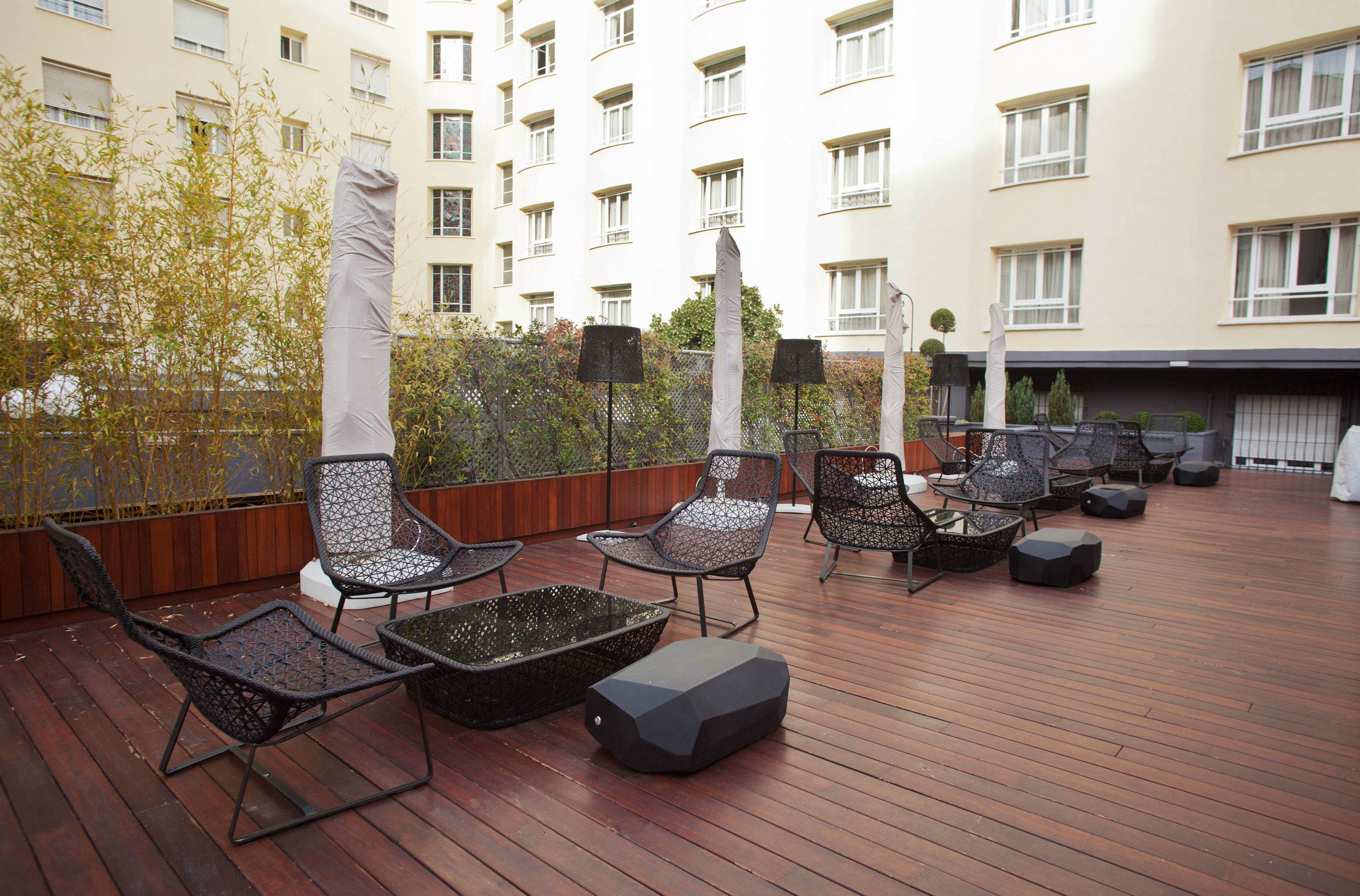 property condominium Courtyard home outdoor structure backyard cottage Villa