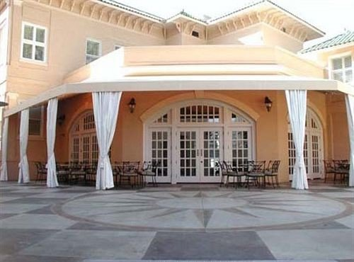 building property plaza classical architecture mansion hacienda palace Courtyard Villa outdoor structure porch colonnade