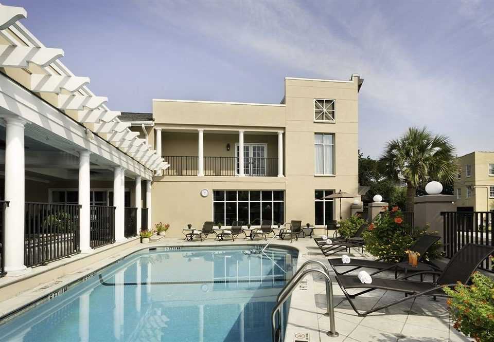 building sky property condominium home swimming pool Villa residential area mansion Courtyard
