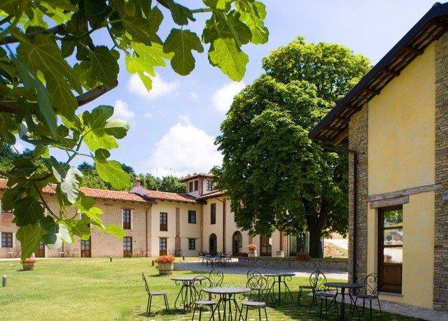 building tree grass property house Villa farmhouse cottage home hacienda Courtyard mansion plantation manor house