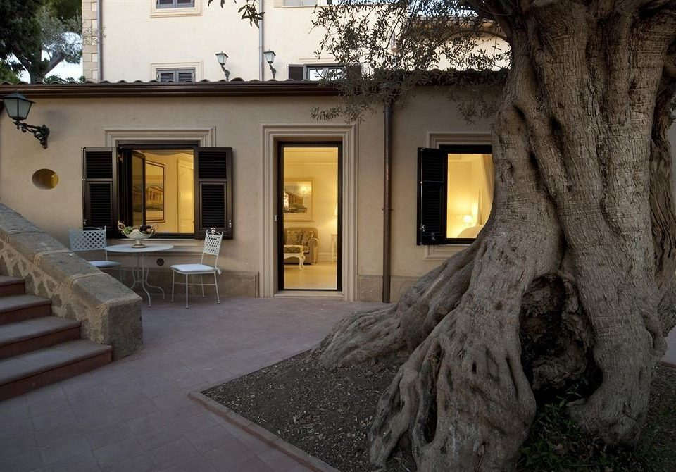 house property home mansion Villa Courtyard cottage stone