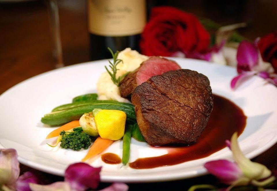 delicious dinner fine dining steak vegetables plate food meat cuisine restaurant lunch piece de resistance