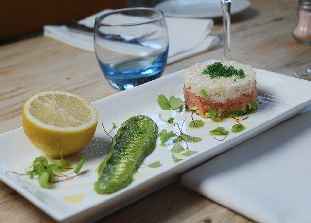 food plate fish slice restaurant cuisine lunch sliced square piece de resistance