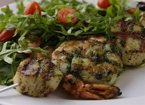 food plate vegetable meat land plant cuisine vegetarian food herb flowering plant leaf vegetable fresh piece de resistance