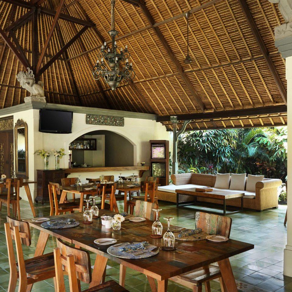 Cultural Dining Drink Eat Eco Elegant Jungle Resort chair property restaurant home mansion Villa cottage