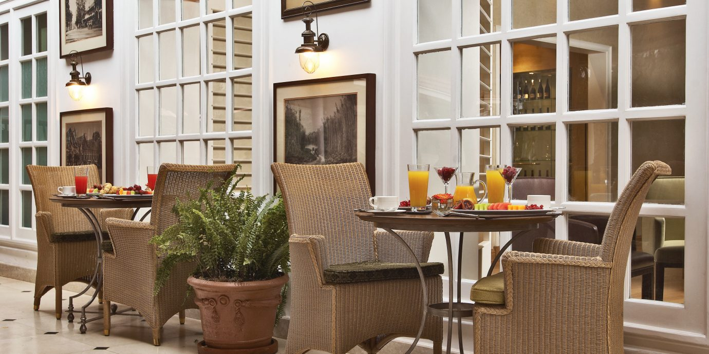 Cultural Dining Drink Eat Historic Luxury chair property home living room cottage condominium