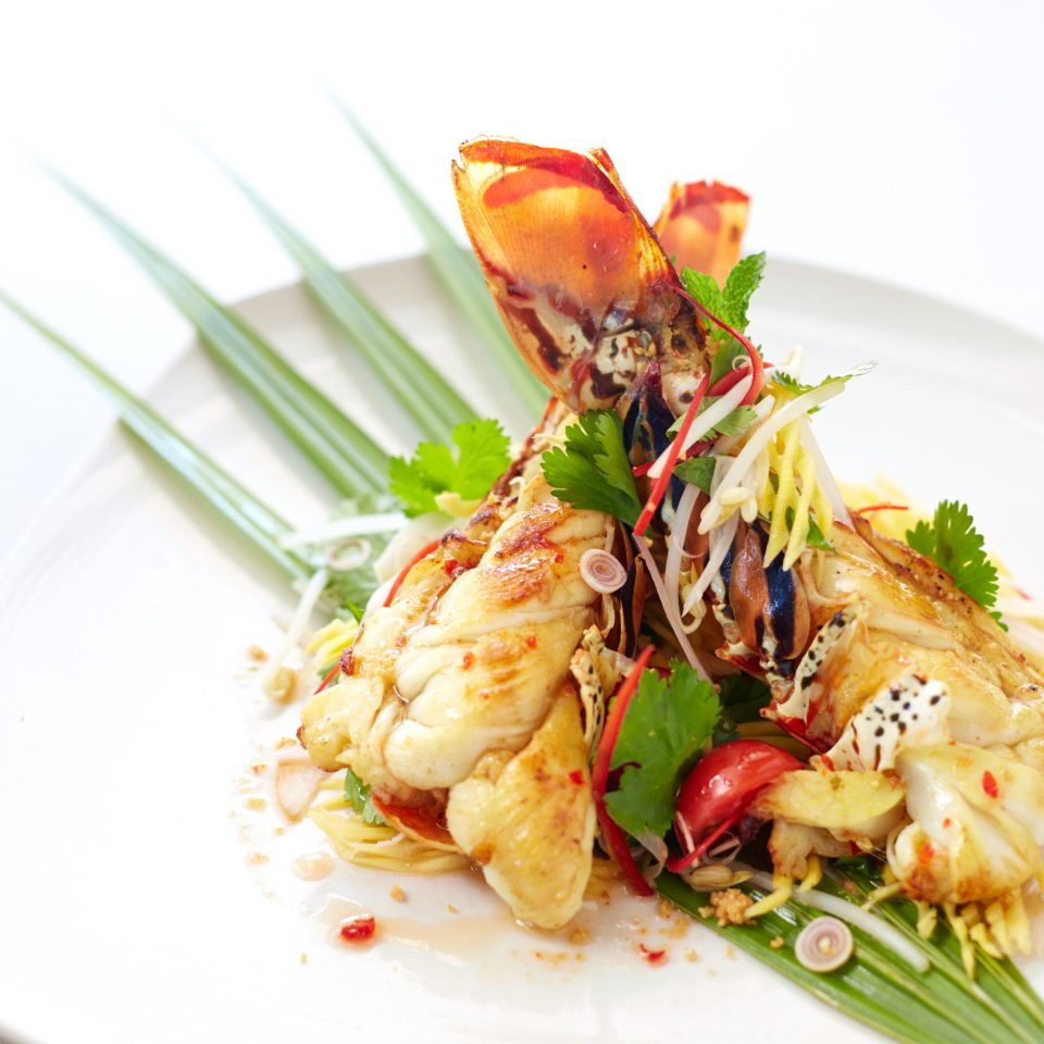 Cultural Eat Luxury Resort plate food white cuisine Seafood fish shrimp thai food asian food vegetable scampi chinese food brochette meat piece de resistance