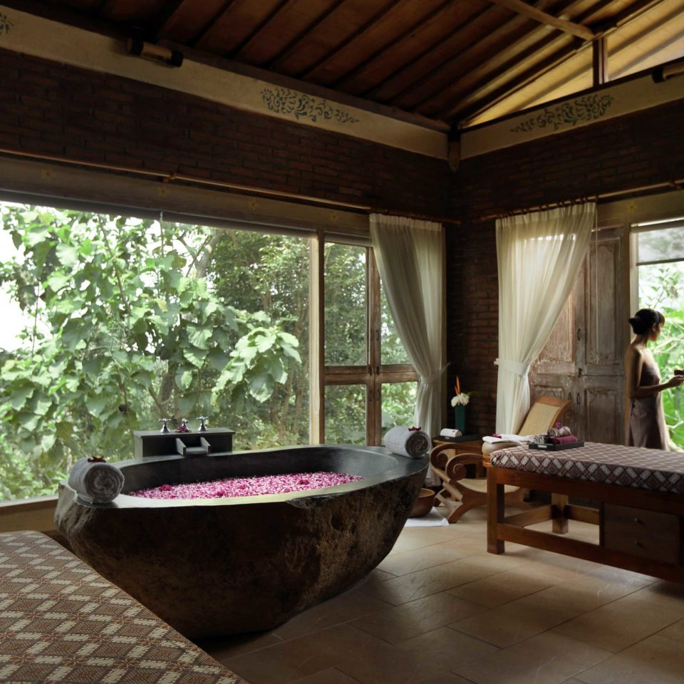 Jacuzzi In The Living Room: Anantara Uluwatu Bali Resort (Bali, Indonesia)