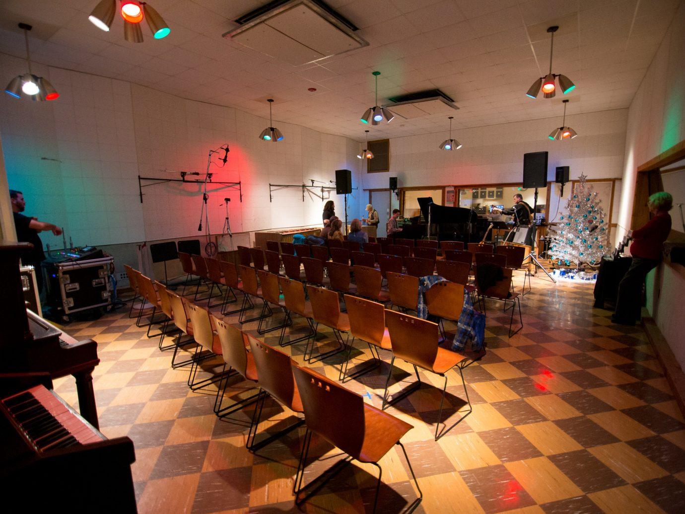 Trip Ideas floor indoor function hall restaurant light meal interior design furniture several