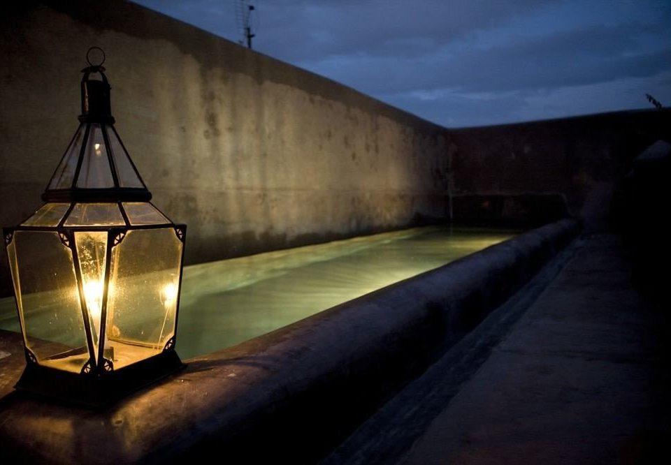 darkness light night lighting screenshot evening lamp dark