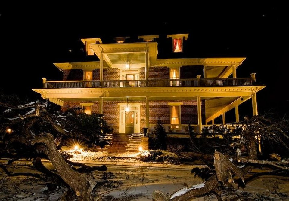 night house light darkness home lighting evening landscape lighting