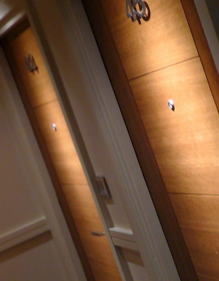 hardwood molding lighting daylighting wood stain wood flooring flooring laminate flooring handrail line