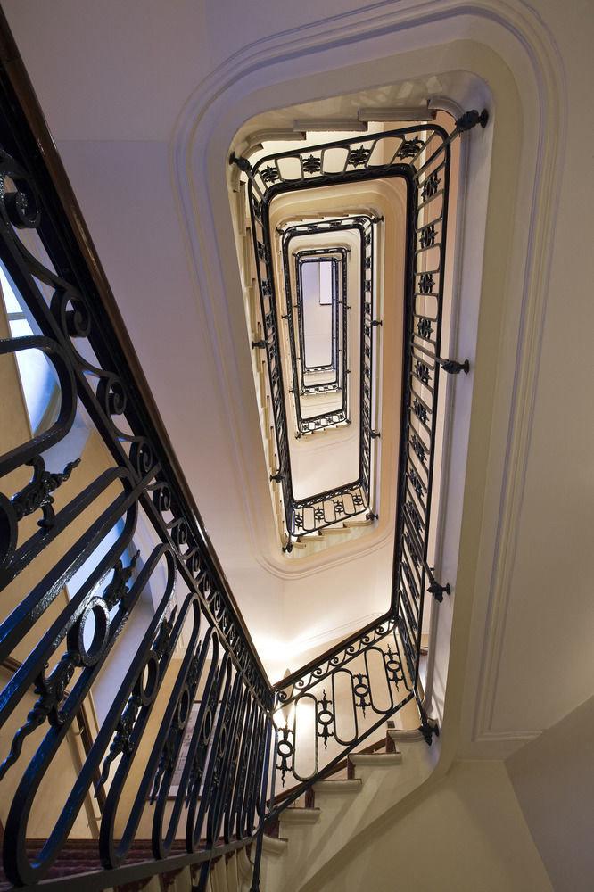 stairs lighting daylighting hall handrail step rack