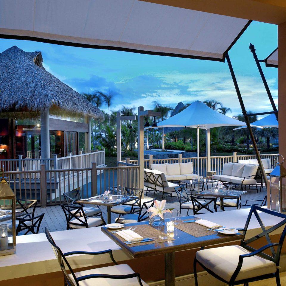 Grounds Honeymoon Luxury Pool Resort Romance chair property restaurant home condominium Villa Dining set Deck